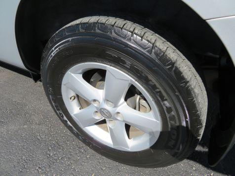 2013 Nissan Rogue S   Abilene, Texas   Freedom Motors  in Abilene, Texas