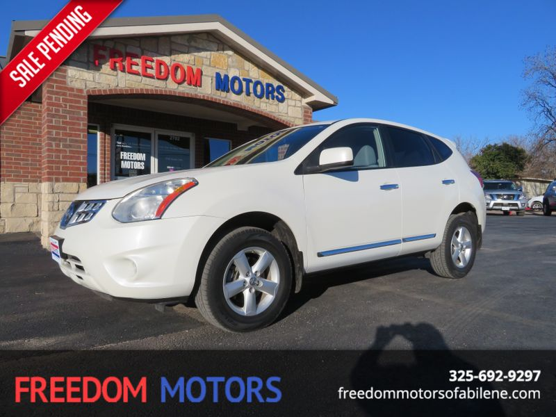 2013 Nissan Rogue S | Abilene, Texas | Freedom Motors  in Abilene Texas