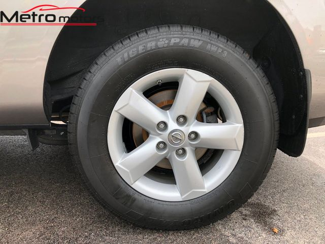 2013 Nissan Rogue S Knoxville , Tennessee 36