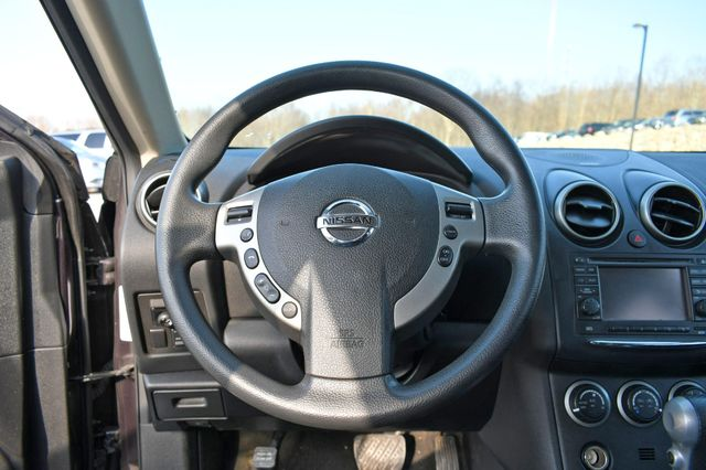 2013 Nissan Rogue SV Naugatuck, Connecticut 10