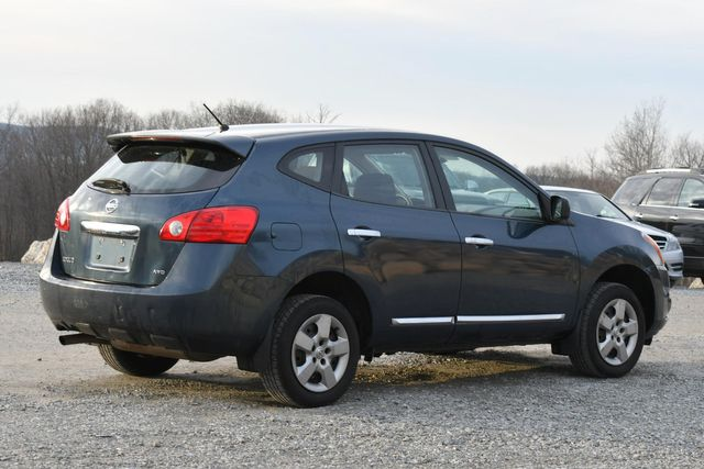 2013 Nissan Rogue S Naugatuck, Connecticut 4