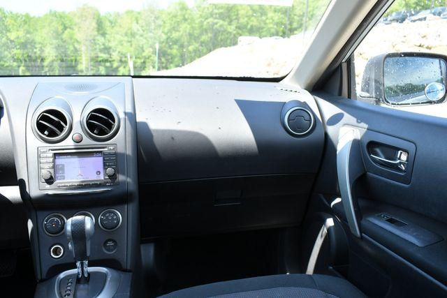2013 Nissan Rogue SV AWD Naugatuck, Connecticut 18
