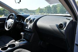 2013 Nissan Rogue SV AWD Naugatuck, Connecticut 10