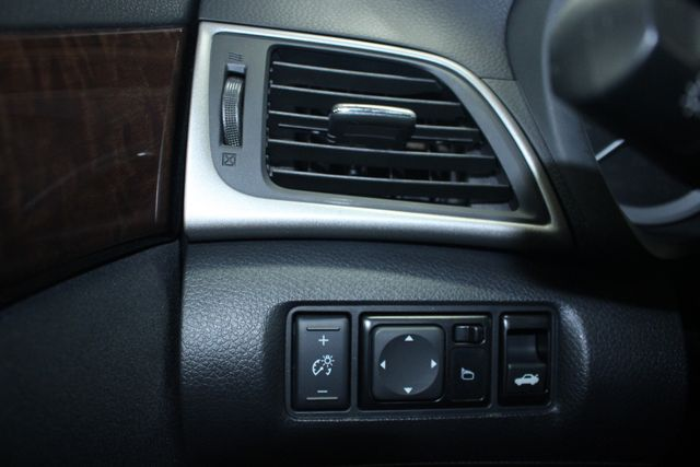 2013 Nissan Sentra SL Navi Kensington, Maryland 78