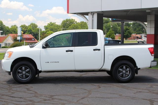 2013 Nissan Titan S Crew Cab 4x4 - ONE OWNER - ALLOY WHEELS! Mooresville , NC 13