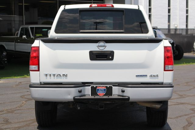 2013 Nissan Titan S Crew Cab 4x4 - ONE OWNER - ALLOY WHEELS! Mooresville , NC 15