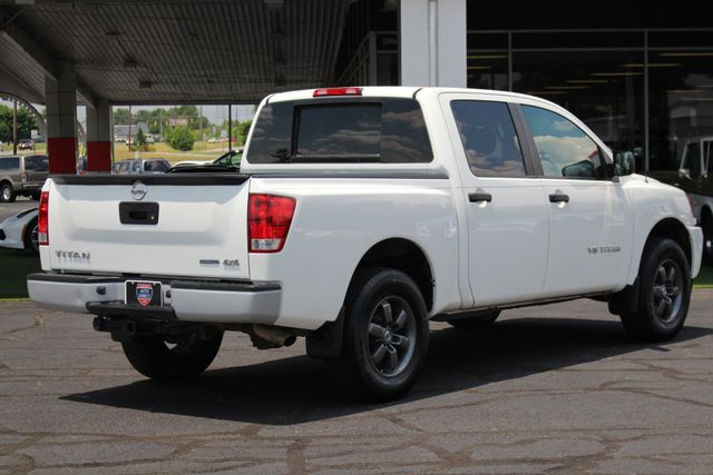2013 Nissan Titan S Crew Cab 4x4 - ONE OWNER - ALLOY WHEELS! Mooresville , NC 22