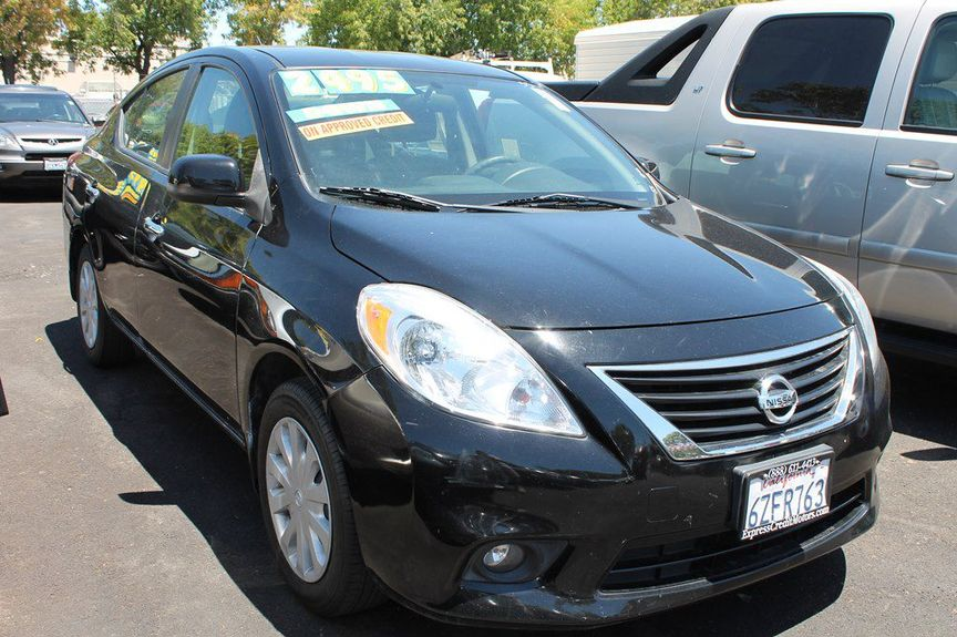 U003c 2013 Nissan Versa SV In San Jose CA, ...
