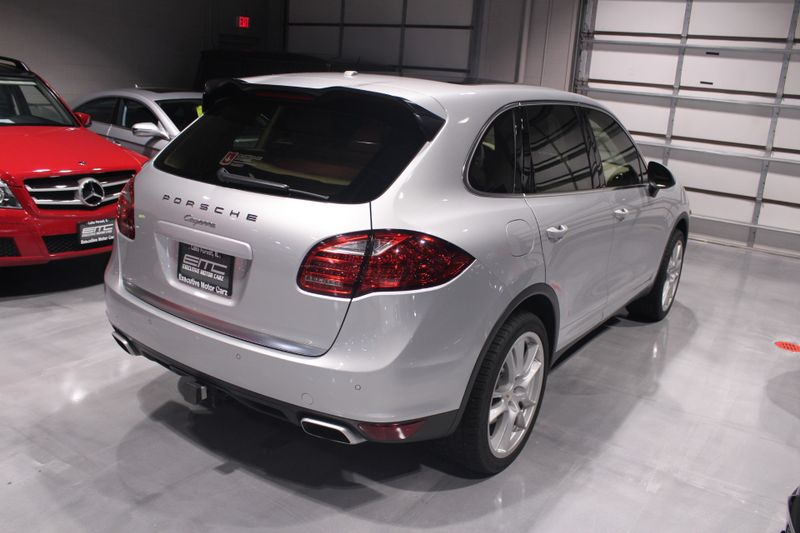 2013 Porsche Cayenne Diesel  Lake Forest IL  Executive Motor Carz  in Lake Forest, IL