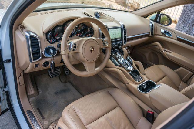 2013 Porsche Cayenne S Hybrid Reseda, CA 16