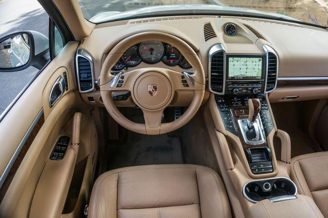 2013 Porsche Cayenne S Hybrid Reseda, CA 20