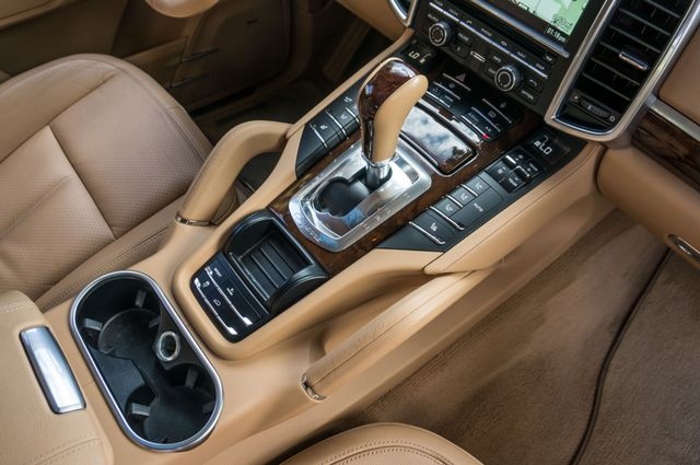 2013 Porsche Cayenne S Hybrid Reseda, CA 30