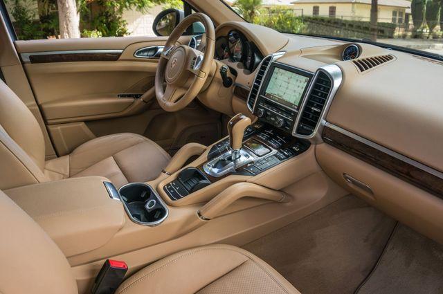 2013 Porsche Cayenne S Hybrid Reseda, CA 36