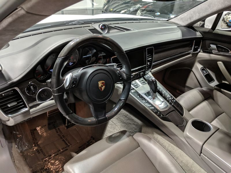 2013 Porsche Panamera GTS  Lake Forest IL  Executive Motor Carz  in Lake Forest, IL