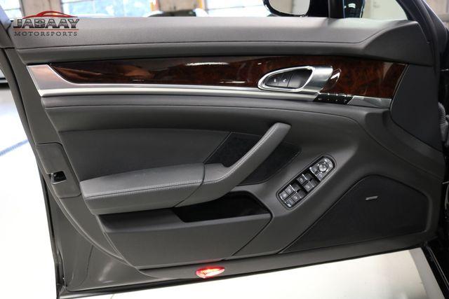 2013 Porsche Panamera 4 Platinum Edition Merrillville, Indiana 28