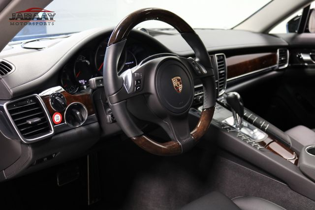 2013 Porsche Panamera 4 Platinum Edition Merrillville, Indiana 9