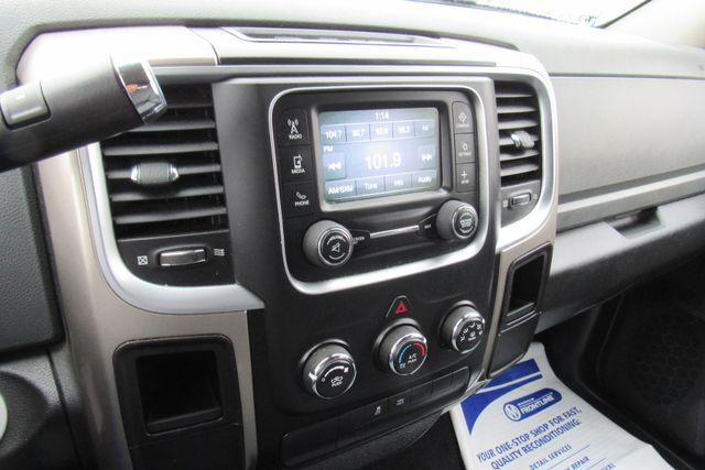 2013 Ram 1500 SLT Chicago, Illinois 16