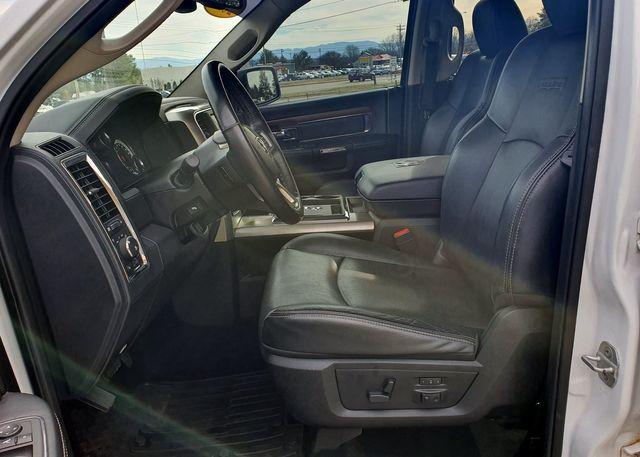 2013 Ram 1500 Laramie 5.7L HEMI 4WD w/Navigation in Louisville, TN 37777