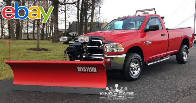 2013 Ram 2500 4wd Reg Cab CUMMINS DIESEL 4X4 1-OWNER ONLY 27K MILES PLOW TRUCK in Woodbury, New Jersey 08096