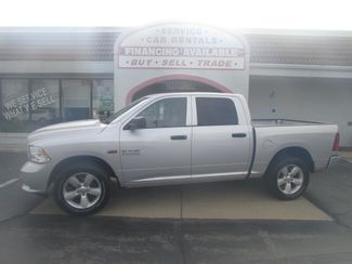 2013 Ram 1500 Crew 4WD 4WD in Fremont, OH 43420