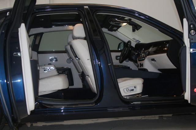 2013 Rolls-Royce Ghost Houston, Texas 12