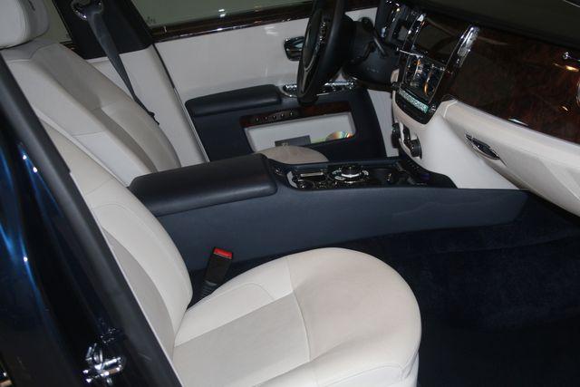 2013 Rolls-Royce Ghost Houston, Texas 18