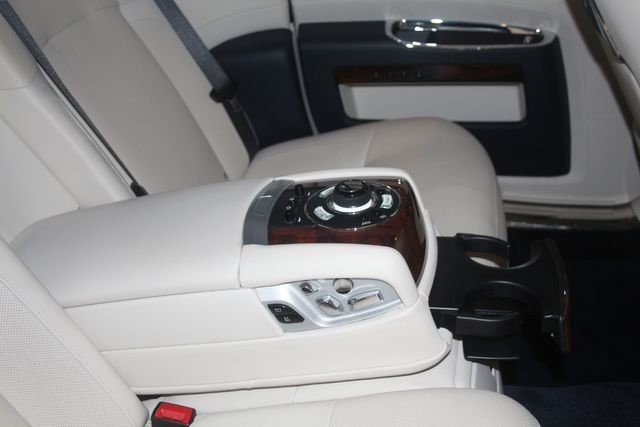 2013 Rolls-Royce Ghost Houston, Texas 21