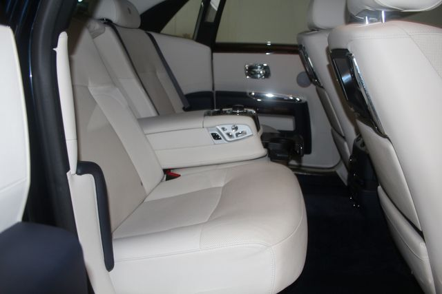 2013 Rolls-Royce Ghost Houston, Texas 22