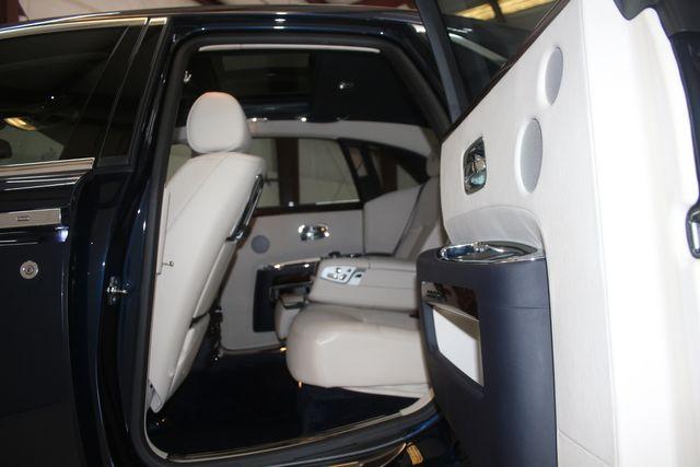 2013 Rolls-Royce Ghost Houston, Texas 28