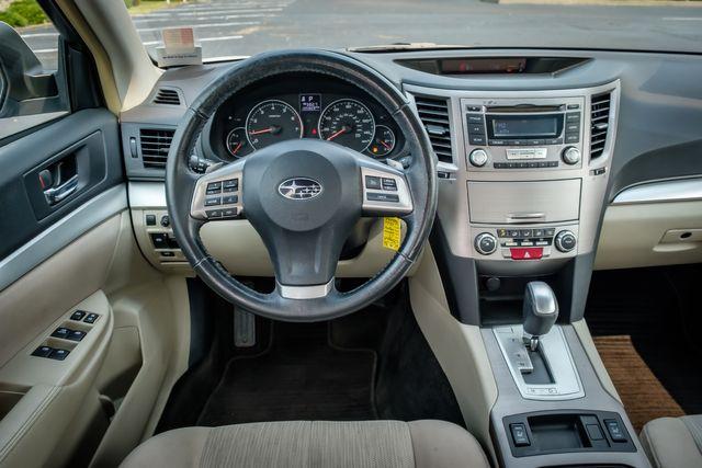2013 Subaru Legacy 2.5i Premium in Memphis, TN 38115