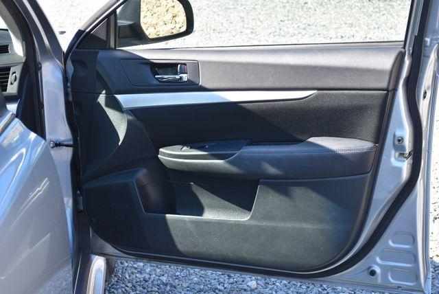 2013 Subaru Legacy 2.5i Premium Naugatuck, Connecticut 3
