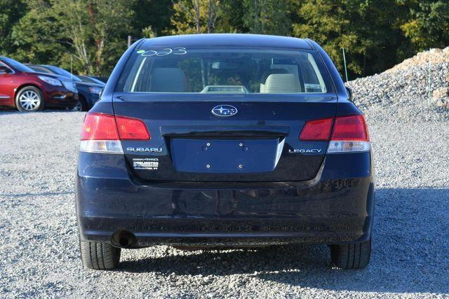 2013 Subaru Legacy 2.5i Naugatuck, Connecticut 3