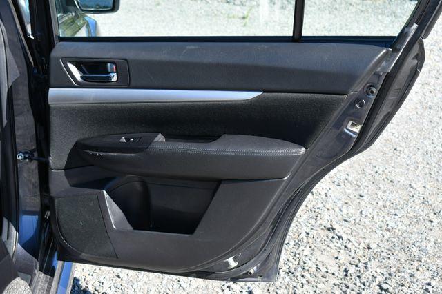 2013 Subaru Legacy 2.5i Premium Naugatuck, Connecticut 13