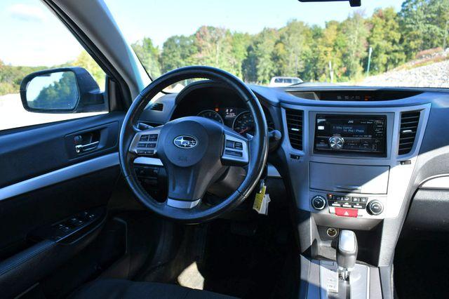 2013 Subaru Legacy 2.5i Premium Naugatuck, Connecticut 17