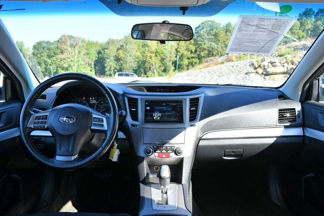 2013 Subaru Legacy 2.5i Premium Naugatuck, Connecticut 18