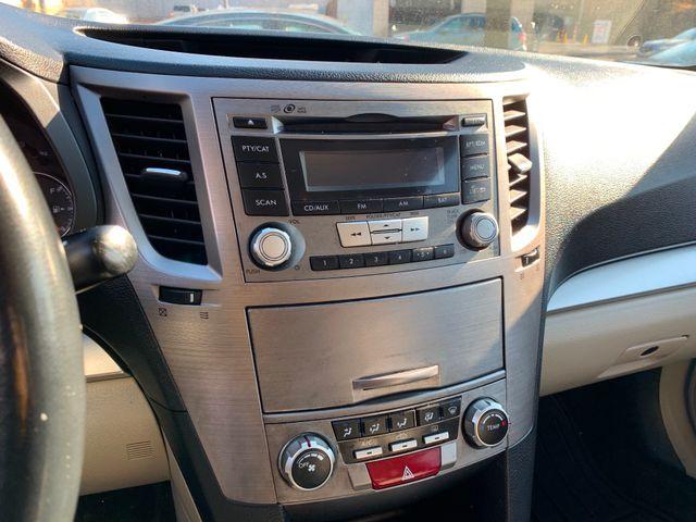 2013 Subaru Legacy 2.5i Premium New Rochelle, New York 4