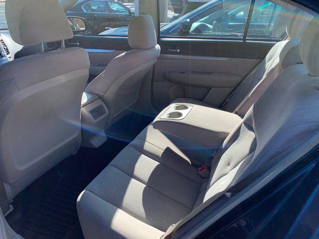 2013 Subaru Legacy 2.5i Premium New Rochelle, New York 5