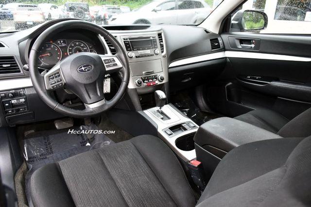 2013 Subaru Legacy 2.5i Premium Waterbury, Connecticut 13