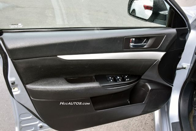 2013 Subaru Legacy 2.5i Premium Waterbury, Connecticut 22