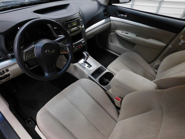 2013 Subaru Outback 2.5i in Airport Motor Mile ( Metro Knoxville ), TN 37777