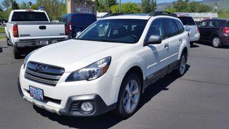 2013 Subaru Outback 2.5i Limited | Ashland, OR | Ashland Motor Company in Ashland OR