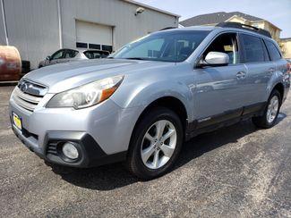 2013 Subaru Outback 2.5i Premium | Champaign, Illinois | The Auto Mall of Champaign in Champaign Illinois
