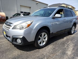 2013 Subaru Outback 2.5i Premium | Champaign, Illinois | The Auto Mall of Champaign in Champaign Illinois