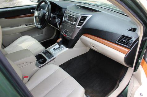 2013 Subaru Outback 2.5i Limited | Charleston, SC | Charleston Auto Sales in Charleston, SC