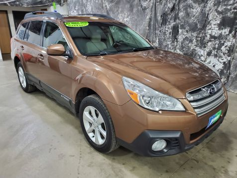2013 Subaru Outback 2.5i Premium  AWD  All Wheel Drive in Dickinson, ND
