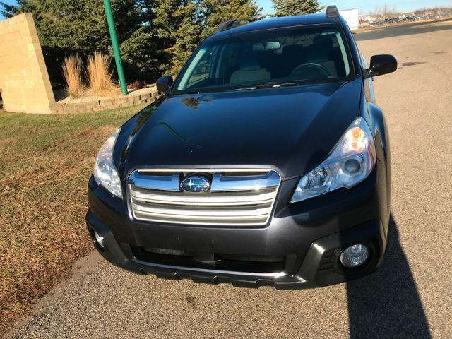 2013 Subaru Outback 2.5i Premium Farmington, MN 3