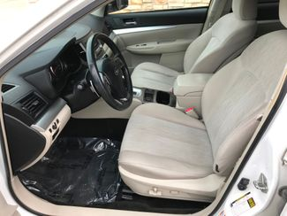 2013 Subaru Outback 2.5i Premium Farmington, MN 4
