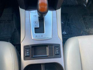 2013 Subaru Outback 3.6R Limited Farmington, MN 10