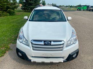 2013 Subaru Outback 2.5i Limited Farmington, MN 4