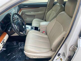 2013 Subaru Outback 2.5i Limited Farmington, MN 5